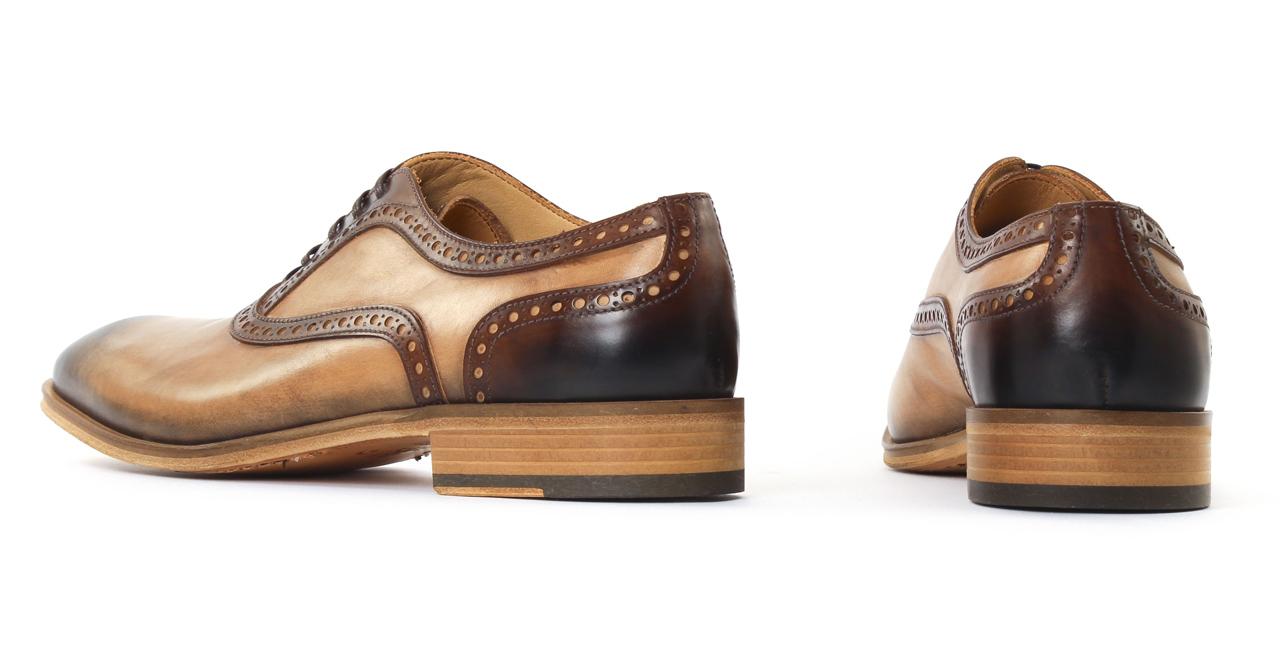 acheter et vendre authentique chaussure homme de ville. Black Bedroom Furniture Sets. Home Design Ideas